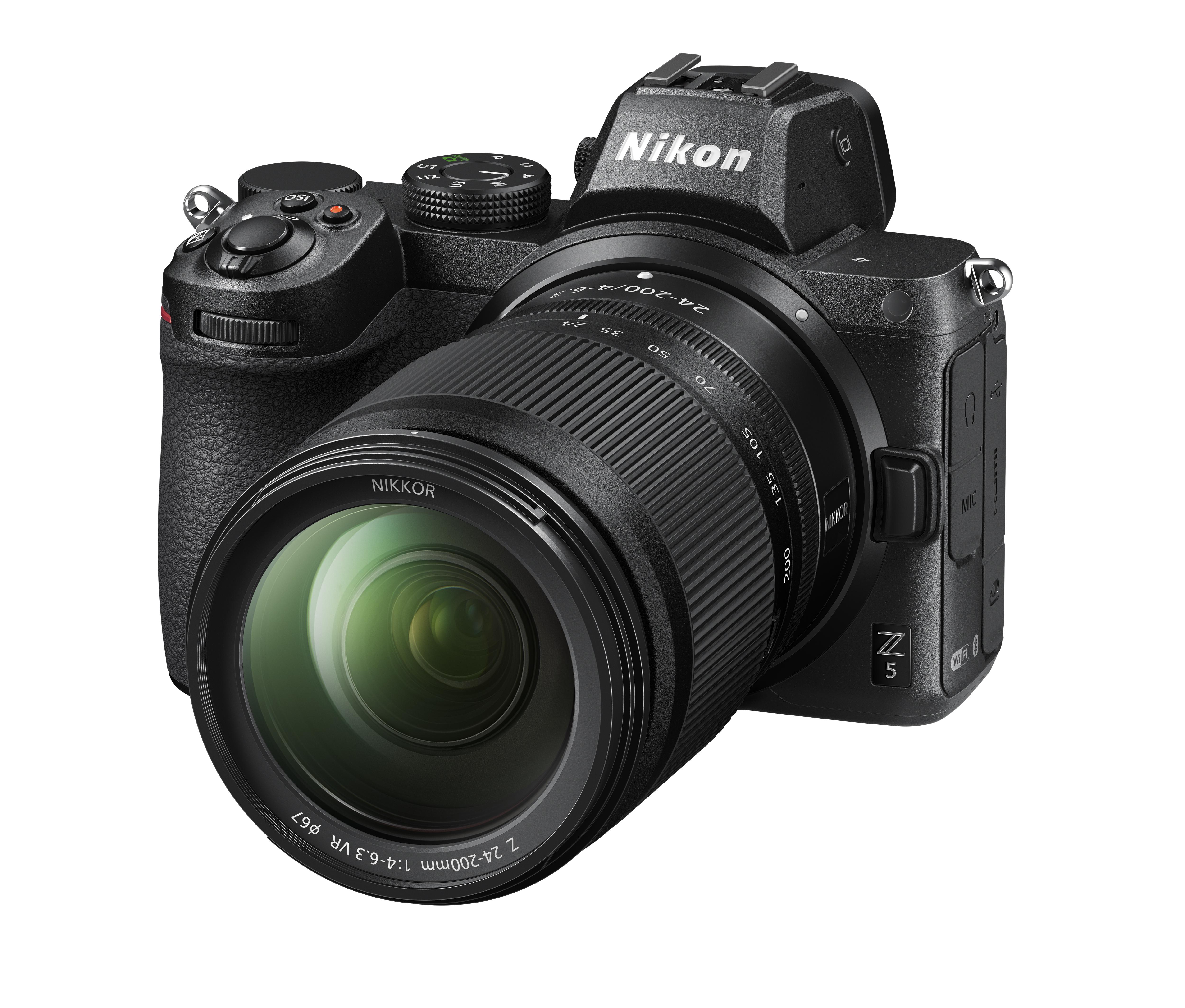 Nikon Z5 mit 24-200 mm 1:4-6,3 Z VR