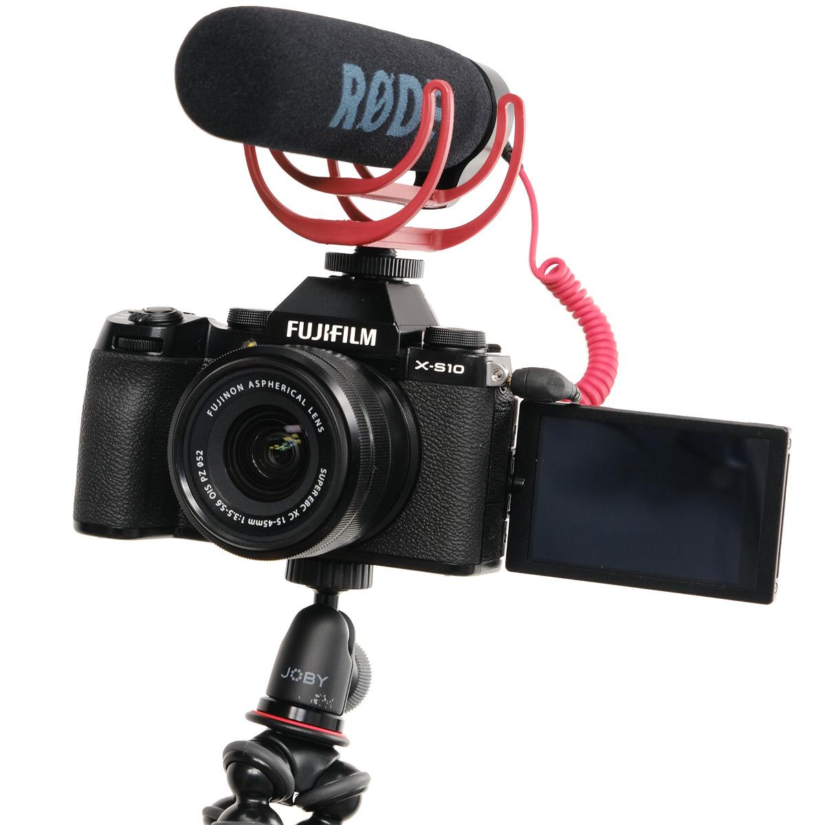 Fujifilm X-S 10 Vlogger Kit mit 15-45 mm